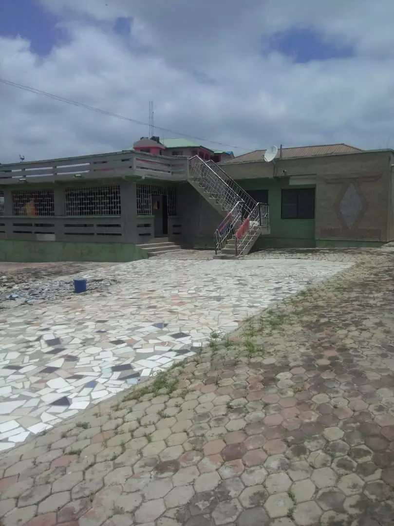 6 bedroom  House for sale at a cool price @ Tech Adwasi 0