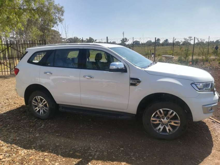 2017 Ford Everest 2.2 TDCi XLT 2*4 Auto 0