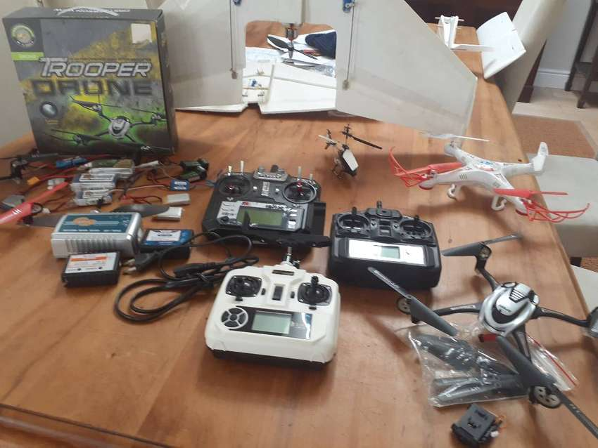 RC Drone and Plane Bundle 0