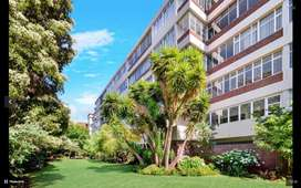 For sale - Spacious, secure & centrally located flat in Johannesburg