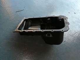 For sale Bmw e90/e87 N46 oil sump. NOT compatible with diesel engine