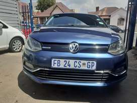2017 Volkswagen polo (TSI) (1.2) Manual with Service Book