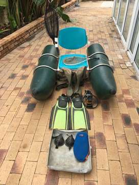 Inflatable Pontoon and some accessories in perfect condition