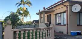 3 bedroom Town house for sale in Margate KZN