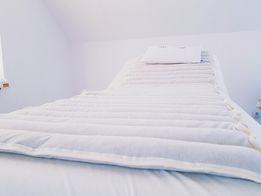 Materac na łóżko kosmetyczne lub masażu - zapobiega poceniu się ciała