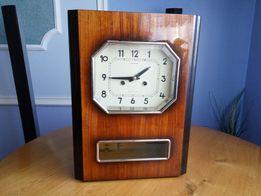 Настінний годинник Янтар