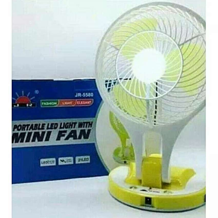 Portable fan with LED light 0