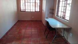 Flat for rent Lyttelton Manor R4200 pm one person