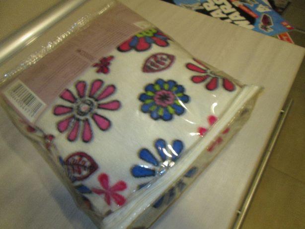 Szlafrok dla dziewczynki 134 używany w oryginalnym opakowaniu Września - image 2