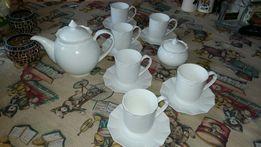 Koplet do herbaty z białej porcelany