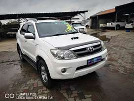 Toyota Fortuner 3.0 D4D 2007 Model