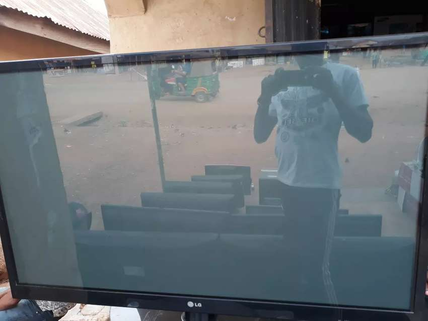 55inch LG Led Tv Latest (Available in my shop) 0