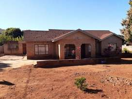House For Sale at Lwomondo-Khumbe