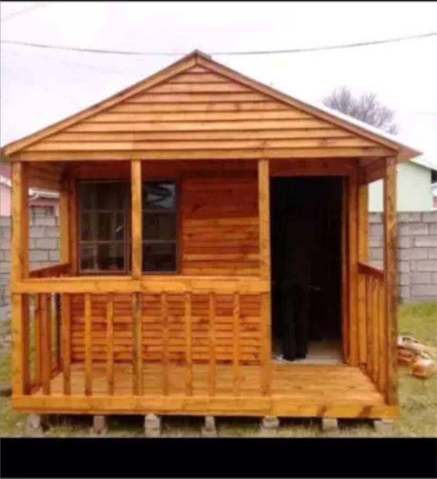 Looking to buy a wendy house 0