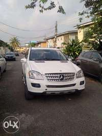 We Have For Sale A Clean Mercedes Benz ML350 Tokunbo 2007. 0