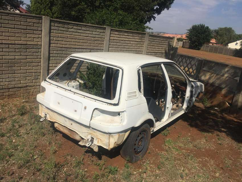 A Toyota tazz now stripping for spares 0