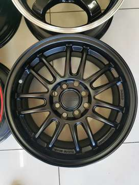 "15"" RAYS RE30 Replica Rims"