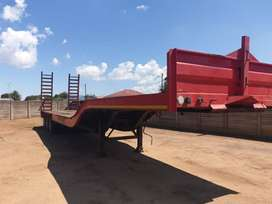 2019 Tri-Axle stepdeck Trailer with ramps!