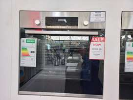 BOSCH 60CM ELECTRIC OVEN