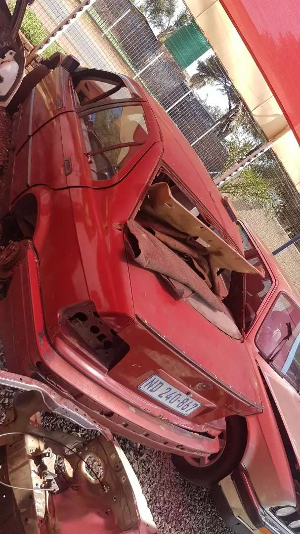 Bmw e36 stripping for spears 0
