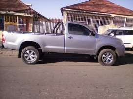 2016 TOYOTA HILUX,  75,000KM, CANOPY, LEATHER SEAT, ENGINE 2.5, DIESEL