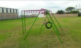 Jungle gym swings