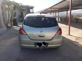 Nissan Tiida 1.6 manual hatchback