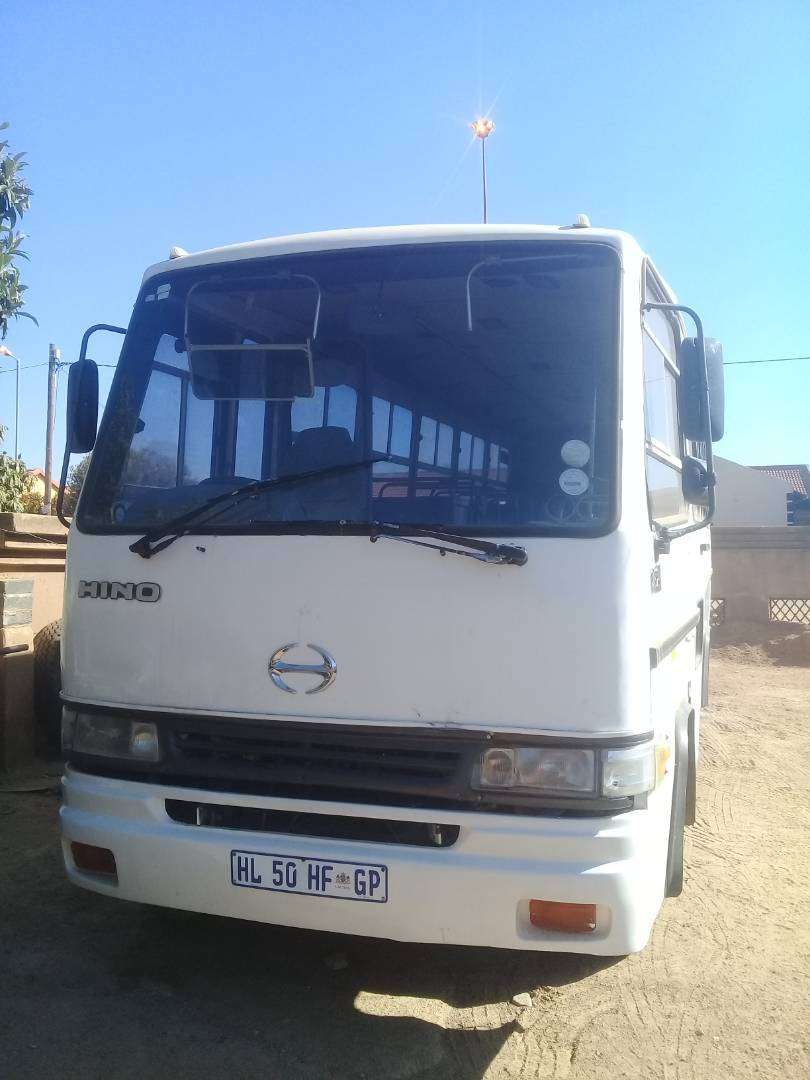 35 Seater Hino 9-196 Bus for sale 0