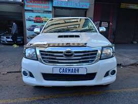 2010 TOYOTA HILUX DOUBLE CAB WITH 93000KM