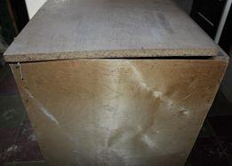 Ящик, тумбочка для балкона или гаража