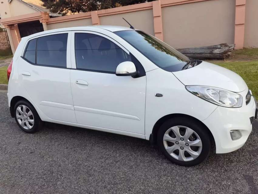 2012 Hyundai i10 1.2 With 74000kms R65,000 not negotiable