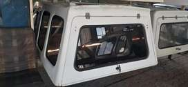 Canopy Reef: Np300 lwb used white