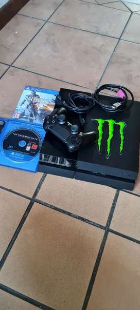 Ps4 500g one controller 2 games