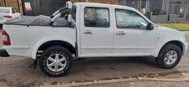 Isuzu Kb300 double cabb available now