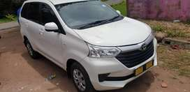 White toyota avanza 1.5sx 2017 model