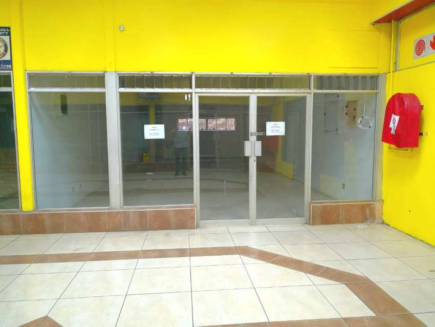 SHOP NO: 13 -70,03 SQM'S SHOP TO LET IN GLENHILLS, DURBAN 0