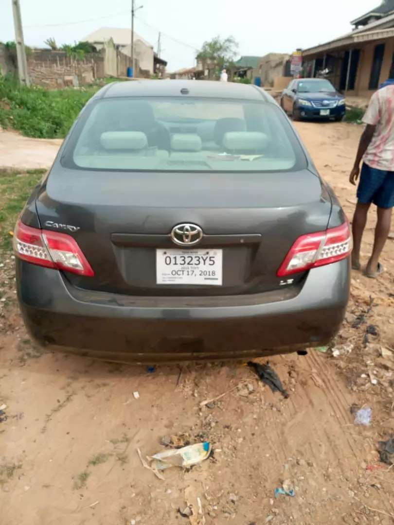 Tokunbo toyota Camry 2011 0