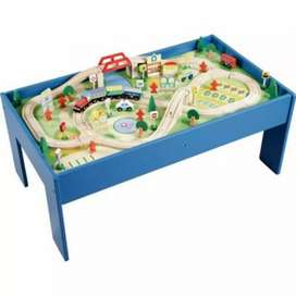 Train Table Set (C732)