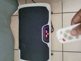POWER FIT VIBRATION PLATE @R1900