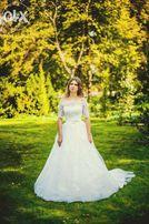 Suknia ślubna - Lillian West 6311 z kolekcji 2014