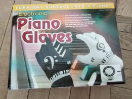 Рукавиці фортепіано