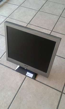 Mecer 20' Monitor with cable