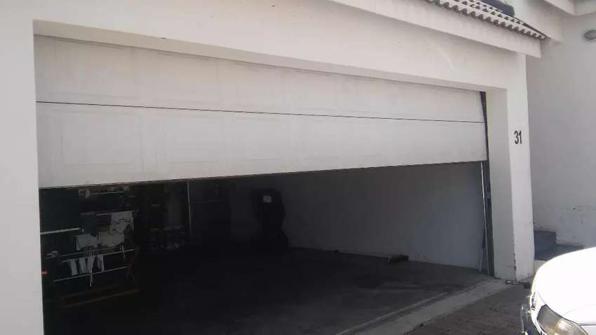 Crecent wood garage door repairs and services 0