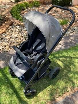 Joie Chrome pram only R3500.