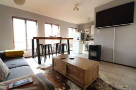 Lovely 1 Bedroom Apartment to rent in Paulshof