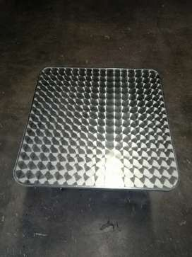 Beautiful cocktail table for sale