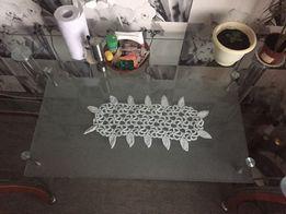 Кухонный стеклянный стол большой