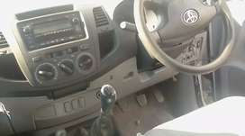 Toyota Hilux 2.5dieasel wth canopy clean inside and out ready 2travel