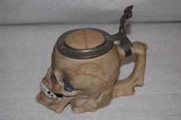 Kufel porcelanowy w formie czaszki , niemiecki , ręcznie wykonany