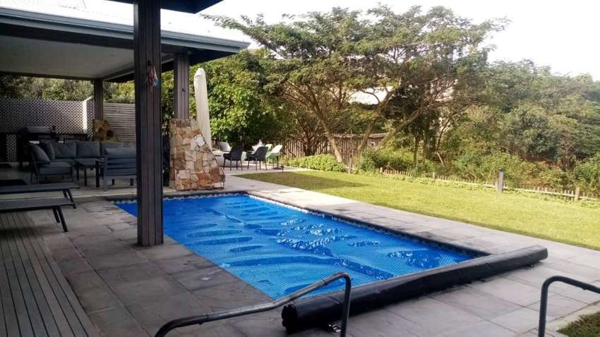 WHAT'S SO GREAT ABOUT SOLAR POOL BLANKETS?
